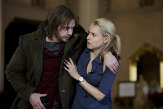 Aaron Stanford and Amanda Schull star in Syfy's 12 Monkeys, airing Fridays at 9 p.m. — Photo courtesy of Alicia Gbur / Syfy