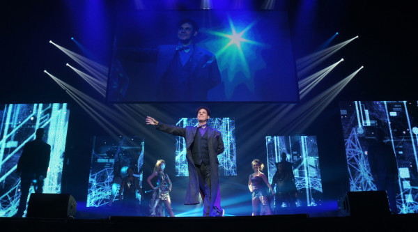 Raymond Crowe stars in The Illusionists on Broadway at the Neil Simon Theatre. Used with permission, The Illusionists.