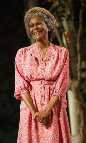 Cicely Tyson in 'The Trip to Bountiful' at the Stephen Sondheim Theatre — Photo courtesy of Joan Marcus