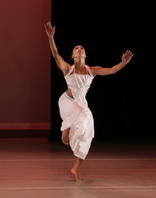 """Grace,"" choreographed by Ronald K. Brown — Photo courtesy of Paul Kolnik"
