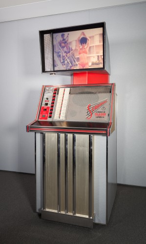 Scopitone ST36. 1963. 16mm film jukebox, 79 1/2 x 33 3/4 x 46 3/4″ (202 x 86 x 119 cm). Mfr.: Scopitone, Inc. (a subsidiary of Tel-a-Sign Inc., Chicago). The Museum of Modern Art, New York. Film Study Center Special Collections
