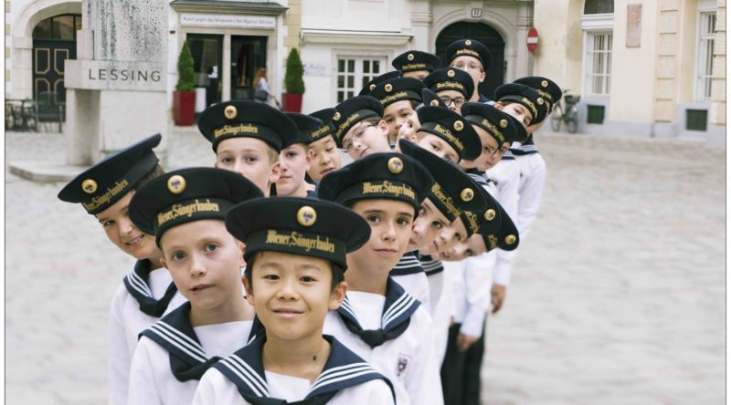 Vienna Boys Choir Christmas.Interview Vienna Boys Choir Honors Diversity In New