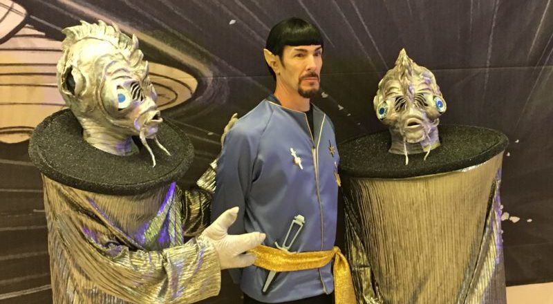 PHOTOS: 'Discovery' cast members entertain Star Trek fans at Vegas con